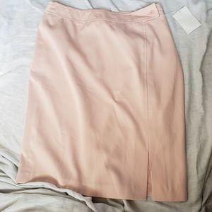 NWOT Newport News Pencil Skirt